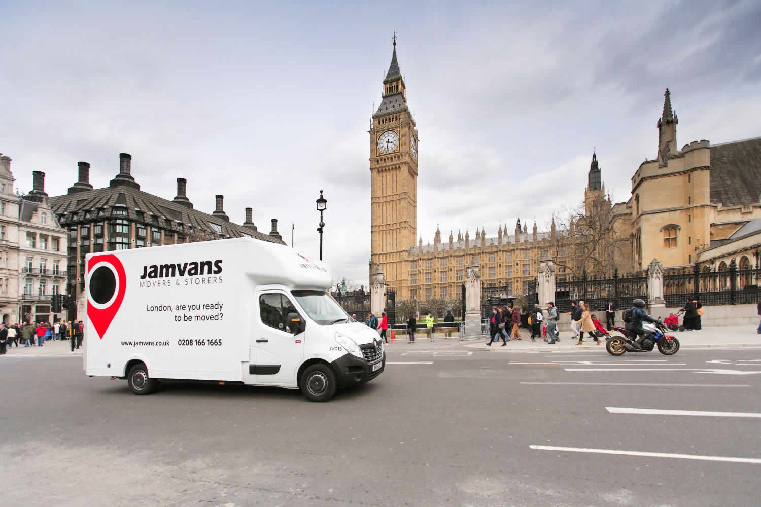JamVans-Man-With-A-Van-London3